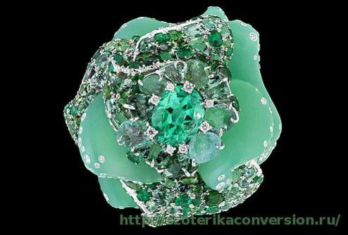 Зеленый Изумруд  5305352